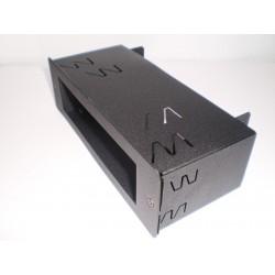 SPM-100 DIN Staffa